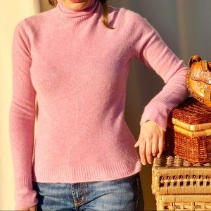 Sweaters - Cashmere pink turtleneck sweater top s
